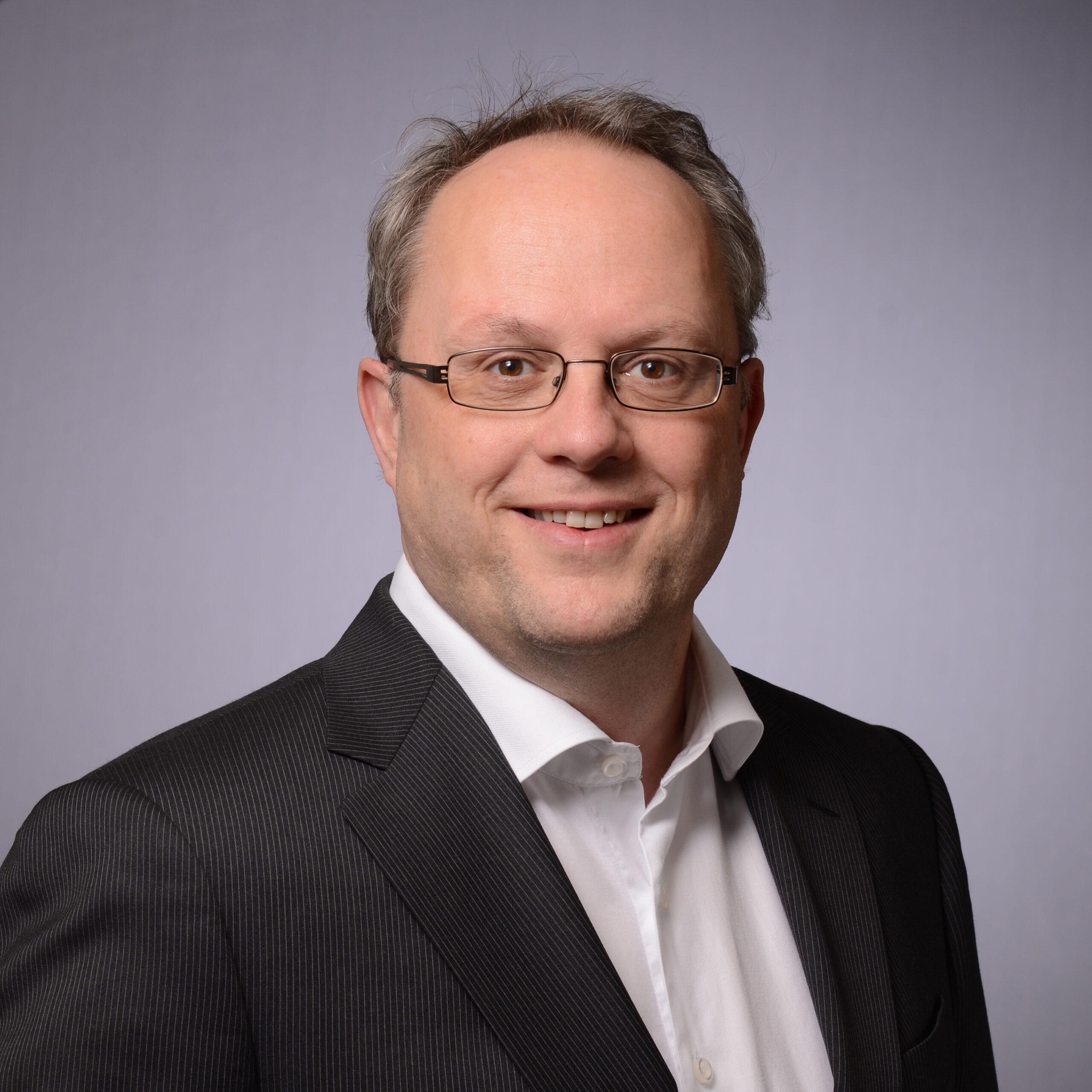 Gert Bos, PhD, FRAPS